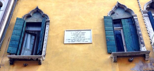 La casa di Aldo Pio Manuzio, Aldus Pius Manutius (Bassiano, 1449 – Venezia, 6 febbraio 1515), editore, tipografo e umanista